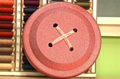 'How-To: Giant Button Wall Art...!' (via Make: DIY Projects and Ideas for Makers)