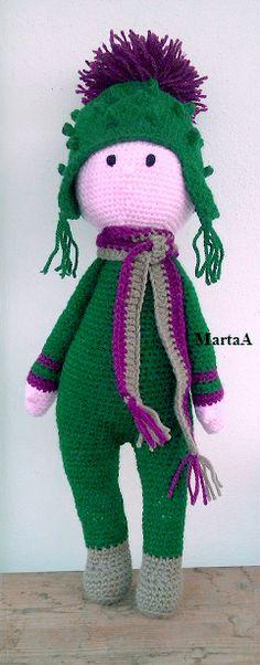 Cardo Tim flower doll made by Marta A - crochet pattern by Zabbez