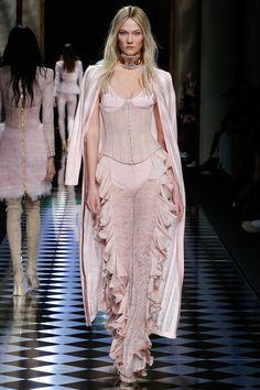 Balmain Fall 2016 Ready-to-Wear Collection - Vogue