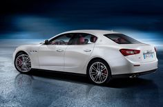 See the leaked photos of the upcoming 2014 Maserati Ghibli before the Shanghai Auto Show. The aggressive Ghibli that will be Maserati's first-ever diesel car. Maserati Quattroporte, Maserati Ghibli, Audi, Porsche, Shanghai, Car Photos, Car Pictures, Live Photos, Car Images