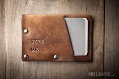 Leather Wallet with snap leather card wallet men's von MrLentz Credit Card Wallet, Credit Cards, Leather Card Wallet, Leather Conditioner, Minimalist Wallet, Leather Projects, Leather Working, Leather Craft, Hand Stamped