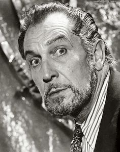Vincent Price by Harry Goodwin; 5/8