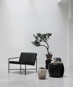 CLASSIC MINIMALISM - The Lounge Chair, made in Denmark, was the first chair in HANDVÄRK's collection. Minimalistic with perfect proportions, yet surprisingly comfortable. This inviting chair is beautiful alone and perfect as a pair. Minimalist Interior, Modern Interior, Interior Design, Minimalist House, Minimalist Bedroom, Outdoor Lounge, Chair Design, Furniture Design, Furniture Ideas