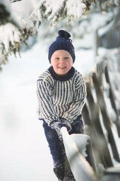 MiniMaskerader Store Alpakka Design: Randi Ballangrud Foto: Fotograf B.Stokke as Baby Barn, Tights, Leggings, Jumpers, Tweed, My Design, Crochet Hats, Turtle Neck, Shorts