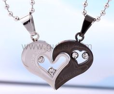 Personalized Name Engrave Gift For Valentine Titanium Couple Necklaces Set for 2