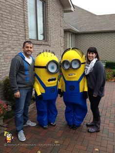 Homemade Kids Couple Costume u2013 The Making of the Minions!  sc 1 st  Pinterest & Coolest Homemade Despicable Me Minions Costume | Pinterest ...