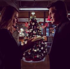 Reading her poem to Castle, so upset on how this episode ended...only 2 more days!! #CastleMoments