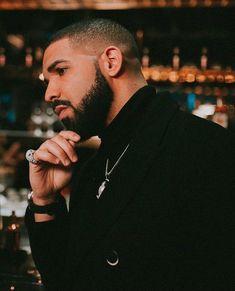Listen to every Drake track @ Iomoio Drake E, Drake Drizzy, Post Malone, Rihanna, Beyonce, Drake Rapper, Billie Eilish, Drake Wallpapers, Drake Graham