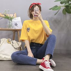 Korean Fashion Trends you can Steal – Designer Fashion Tips Korean Girl Fashion, Korean Fashion Trends, Ulzzang Fashion, Korean Street Fashion, Kpop Fashion Outfits, Korean Outfits, Asian Fashion, Aesthetic Fashion, Aesthetic Clothes