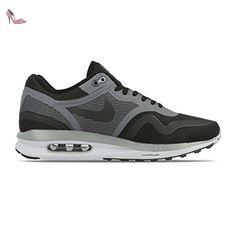 Air Max Advantage, Chaussures de Trail Homme, Noir (Black/White 001), 38.5 EUNike