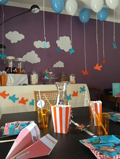 Anniversaire Dusty (Planes)  Formule Happy event  @lesbonheursdelia #anniversaire #4ans #happy4 #4 #avion #planes #dusty #disney  #maman #enfant #future maman #garcon #famille #celebrer #feter #fete #bleu #orange #bleuetorange #nuage #ballon #gateau #lesbonheursdelia #lbdl Happy Birthday Baby, Diy Birthday, Bleu Orange, Planes Birthday, Future Maman, Disney, Party, Planes, Tigger