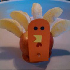 Healthy Thanksgiving School Snack-Turkey