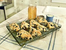 had blueberry scones in boston that were to die for! must try to make them at home!
