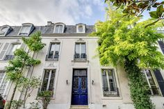 Property Of Paris 16 - Foch. Private Mansion of 240 sq.m + a 45 sq.m courtyard