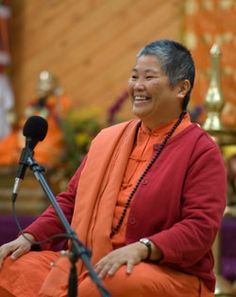 Swami Sitaramananda is the Director of the Sivananda Ashram Yoga Farm in Grass Valley, California, and a direct disciple of Swami Vishnudevananda. She has many years of experience teaching meditation, Yoga philosophy and positive thinking all over the world.