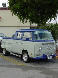 VW Double Cab Dually, Year Unknown, I by wilsonti, Wide body?, via Flickr