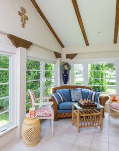 Original wooden beams of the house and custom decor steal the show in the small sunroom [Design: Margaux Interiors] Sunroom Cost, Sunroom Curtains, Small Sunroom, Sunroom Furniture, Outdoor Furniture Sets, Furniture Design, Outdoor Rooms, Sunroom Decorating, Sunroom Ideas