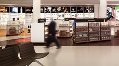 Author: VISUALIZATION  OUTSOURCING (KolaStudio). Description: Visualizations of an airport's duty free in Bremen, for investment promotion and design presentat.... Categories: Architecture, Advertising