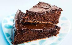 Täyteläinen suklaakakku I Love Chocolate, Chocolate Cake, Sweet Pastries, What To Cook, Let Them Eat Cake, Bon Appetit, Candy, Baking, Desserts