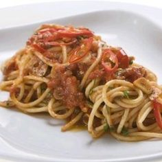 Recept: Špagety all´ Arrabbiata Spaghetti, Food And Drink, Pasta, Ethnic Recipes, Image, Bulgur, Pasta Recipes