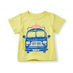 On our road trip, we saw so many surf vans loaded with boards and gear. We just had to capture their carefree style on this tee.