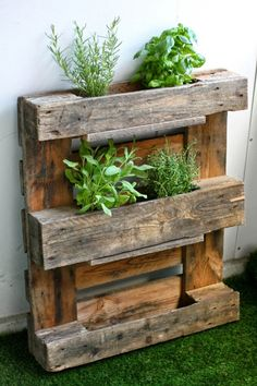 Pallet Herb Rack Idea!