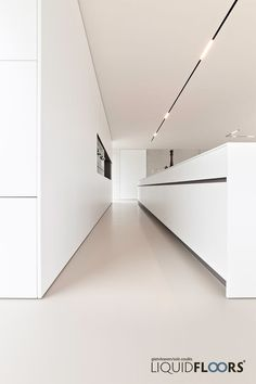 The all white kitchen with great lining Minimalist Kitchen Great Kitchen Lining white Track Lighting Bedroom, Modern Track Lighting, Interior Lighting, Lighting Design, Lighting Ideas, Modern Kitchen Lighting, Modern Kitchen Design, Interior Design Living Room, Casa Kardashian
