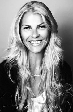 SIT DOWN MED PIA RUUD http://hoyer.no/sit-down-med-pia-ruud/