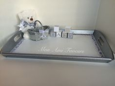 Gender Neutral tray for those moms who like surprises!