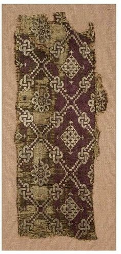 Byzantine Textiles: The Byzantine wore linen, wool and silk. Silk was restricted to the wealthy because the emperor charged large prices for it and was a well kept secret in how to make it. Medieval Pattern, Medieval Art, Medieval Times, Motifs Textiles, Textile Patterns, Medieval Clothing, Historical Clothing, Medieval Jewelry, Medieval Embroidery