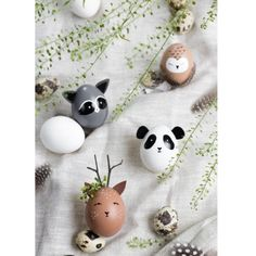"ZWO:STE"">Paint Easter Eggs – Animal Eggs – Decoration – Wild Egg Heads – Roe Deer Panda Owl Raccoon Informations About Tierische Ostern: Eierkopf-Wildtiere Wine Bottle Crafts, Mason Jar Crafts, Mason Jar Diy, Egg Crafts, Easter Crafts, Easter Ideas, Easter Decor, Easter Gift, Easter Centerpiece"
