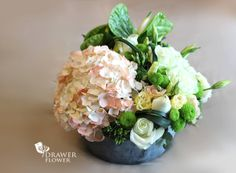 Beautiful Continental bouquet. By Drawer Flower at ShangHai.