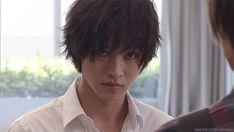 "[GIF} L from Ep.4, 07/26/'15   [Preview, Ep.6 #1] https://www.youtube.com/watch?v=WiAc2AWpWjU   [Preview, Ep.6 #2] https://www.youtube.com/watch?v=OCyDp4tQUrU    Kento Yamazaki, Masataka Kubota, Hinako Sano, Yutaka Matsushige.  J drama series ""Death Note"", 08/02/'15 [Ep. w/Eng. sub] http://www.dramatv.tv/search.html?keyword=Death+Note+%28Japanese+Drama%29"