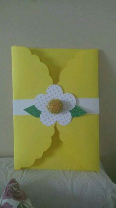 This Pin was discovered by çiğ Diy And Crafts, Crafts For Kids, Arts And Crafts, Paper Crafts, Flower Cards, Paper Flowers, Mothers Day Crafts, Preschool Crafts, Diy Cards