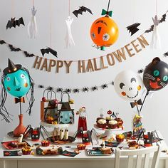 Throw the spookiest bash of the year with our Halloween Party Collection. It features garlands, tassels, balloon characters and even more scary party essentials. All of these items were designed by Meri Meri and can be mixed and matched with items from our other party kits.
