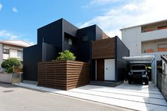 デザイン住宅施工例:紺をベースにしたデザイン住宅