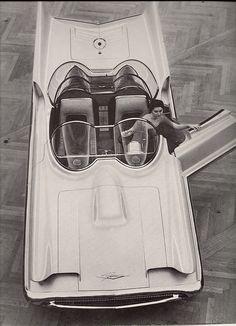 Lincoln Futura Show Car, 1956  future bat-mobile can you see it