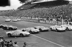 Le Mans, 1966. Porsche 906, Chaparral 2D, Ferrari 330 P3, and a host of Ford GT40s