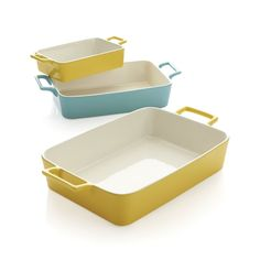 Our popular stoneware bakers in sunny yellow and sky blue with white interiors.  Nesting bakers transition from oven to table to potluck dinner party. StonewareDishwasher-, microwave- and oven-safe to 350 degreesNot freezer-safeMade in China.