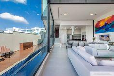 Vista interna/externa da Residencia Vendramini. Projeto de Padovani Rodrigues arquitetos associados