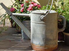 old watering in my garden - by leideemigliorimivengonodinotte.blogspot.it