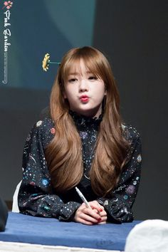 Apink - Bomi Kpop Girl Groups, Korean Girl Groups, Kpop Girls, Pink Panda, Living Dolls, Fandom, Korean Star, Cube Entertainment, Girl Bands