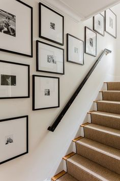 Gallery wall ideas to inspire awkward staircase solution. Gallery Wall Staircase, Staircase Wall Decor, Stair Walls, Modern Staircase, Gallery Walls, Stair Photo Walls, Hall Wall Decor, Black Staircase, Black And White Photo Wall