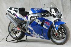 Image Gallery - 32 Years of Suzuki Endurance Racing Team Machines Suzuki Gsx R, Suzuki Bikes, Suzuki Motorcycle, Gsxr 750, Racing Team, Road Racing, Yamaha Motorbikes, Japanese Motorcycle, Bike Photo
