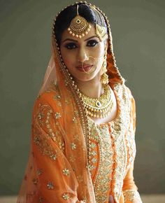Punjabi bridal look Sikh Wedding Dress, Bridal Mehndi Dresses, Indian Bridal Outfits, Red Wedding Dresses, Pakistani Dresses, Wedding Bride, Punjabi Bride, Punjabi Suits, Marriage Dress