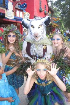 Opossum power! 2014 1001 Dreams, Texas Renaissance Festival.
