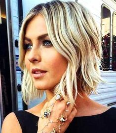 Short Bob Hairstyles with Color