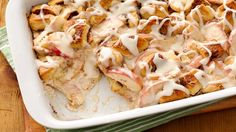 Apple Cinnamon Bubble-Up Bake...sounds so easy!  Gonna try this one!