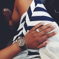 Todays details! A few stripes and a little Tory never hurt anyone, right?! #thebigbluedebutante #humpday #officeflow