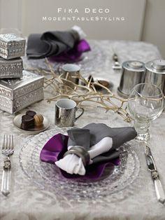 1月ですが毎日がバレンタイン の画像|元CAが主催する苦楽園のテーブルコーディネート教室 神戸・芦屋・西宮・大阪 Wood Centerpieces, Table Decorations, Fika, Food Dishes, Tablescapes, Table Settings, Plates, Display, Interior